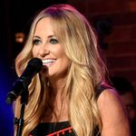 Lee Ann Womack Never Settles for the Path of Least Resistance