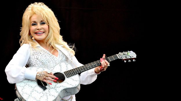How Dolly Parton's Father Inspires Her Every Day