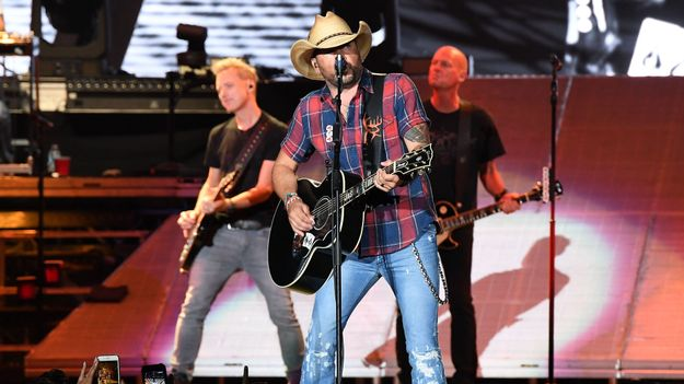 Jason Aldean Gears Up to Ride All Night