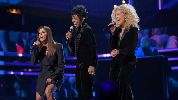 Gladys Knight Joins the Women of Little Big Town