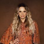 Carly Pearce Talks Writing Her Next Chapter