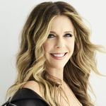 Rita Wilson to Host CMT GIANTS Kenny Rogers: A Benefit for MusiCares