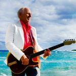"""Jimmy Buffett Gets the Band Back Together in """"Down at the Lah De Dah"""""""