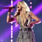 WATCH: Carrie Underwood, Dwight Yoakam Collaborate at CMA Summer Jam