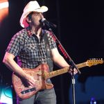 Brad Paisley Once Performed for Toddlers in West Virginia