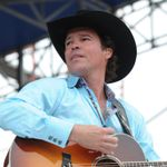 Clay Walker To Release 'Texas to Tennessee' Album in July