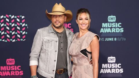 Jason Aldean Shares Story Behind His Wedding Band Cmt
