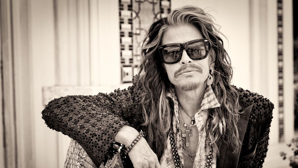 Steven Tyler Tops Country Albums Chart   CMT