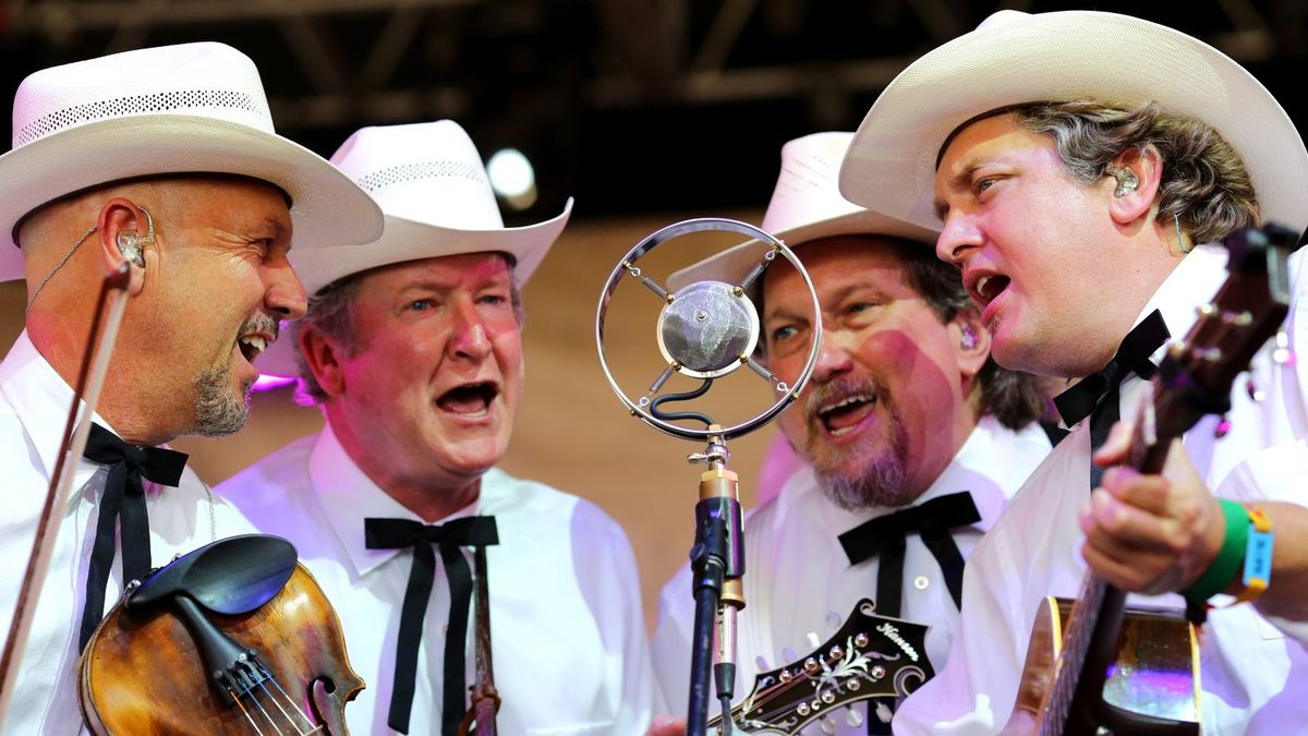 The Earls Of Leicester Sweep Ibma Awards Show Cmt
