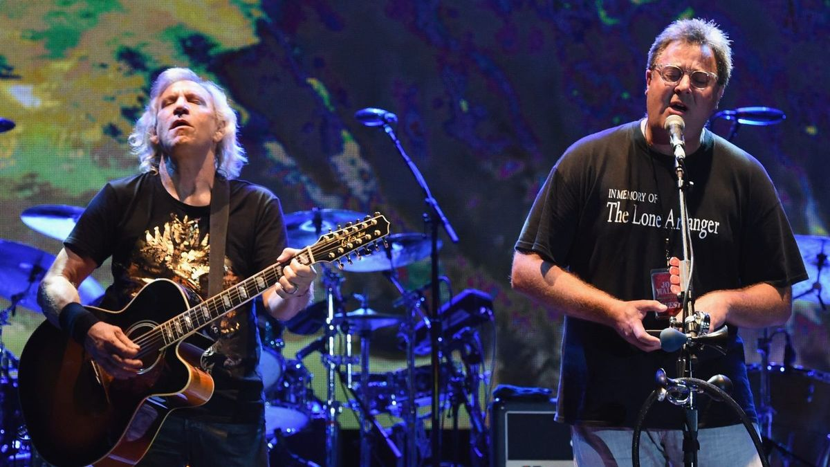 deacon frey and vince gill join the eagles for classic west east festivals cmt. Black Bedroom Furniture Sets. Home Design Ideas
