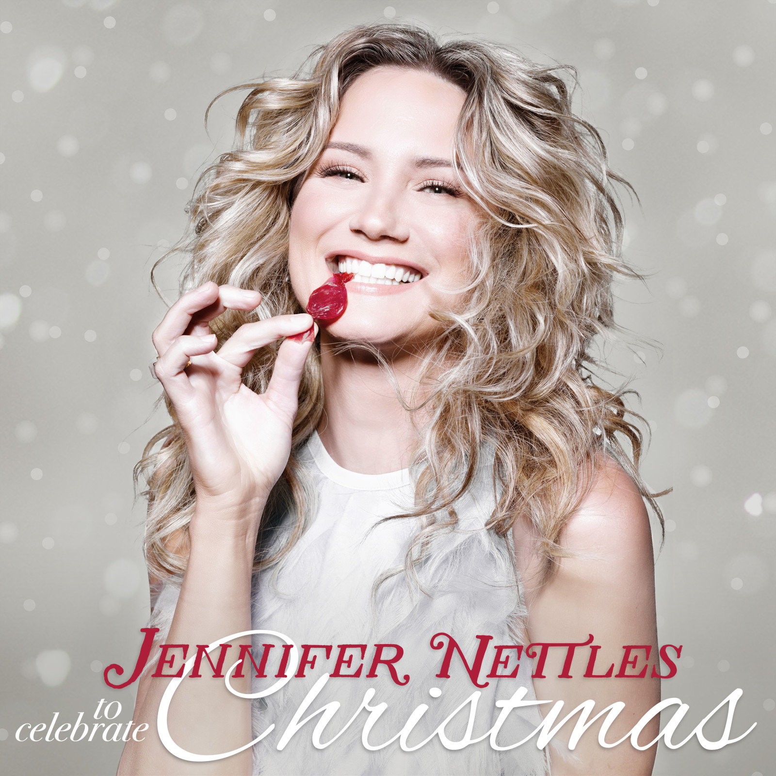 Jennifer Nettles Announces To Celebrate Christmas | CMT