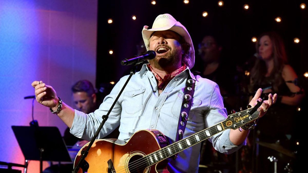 Toby Keith Adds Tracks To Latest Greatest Hits Cmt