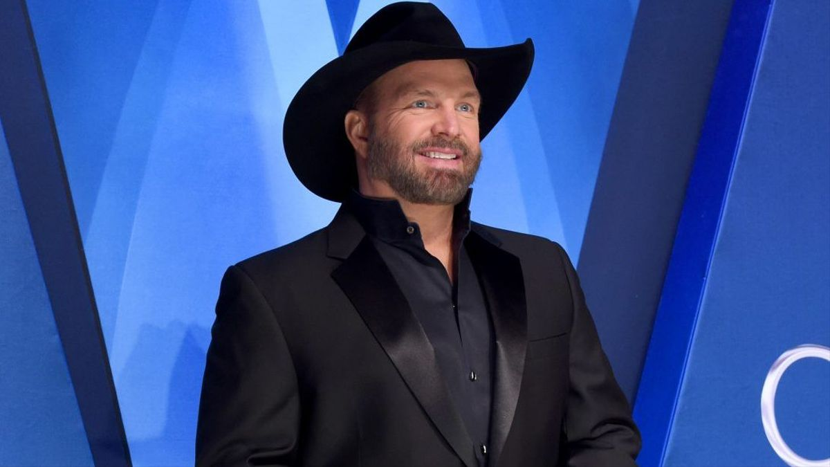 Garth Brooks' Anthology Is Country's First Top Album of ...