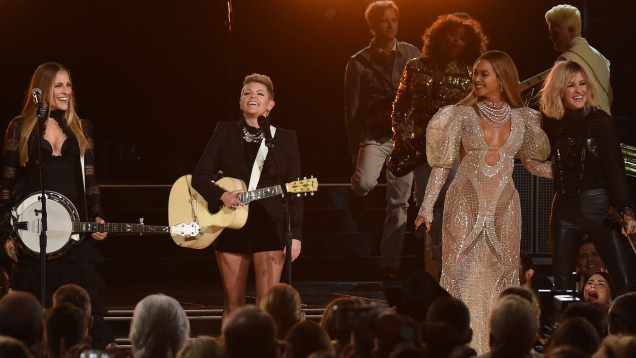 Dixie chicks war song apologise, but