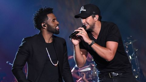 CMT Crossroads: Jason Derulo and Luke Bryan Airs May 21 | CMT