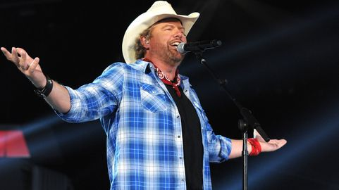 ce280976fc565 Toby Keith on the Deadline That Almost Stopped His Career