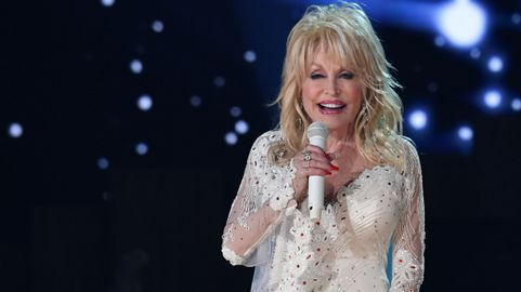 Dolly Parton Reflects On 9 To 5 In The MeToo Era