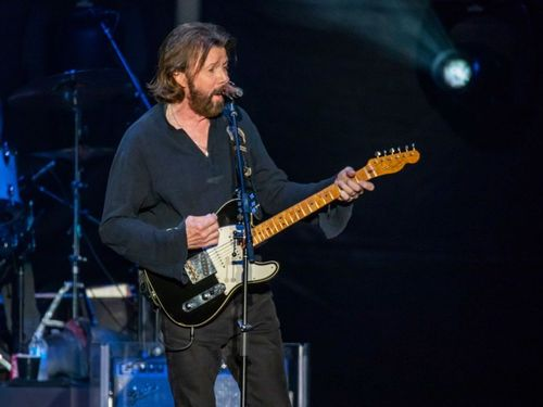 Ronnie Dunn Revives Another Country Classic