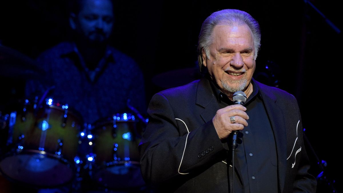 At 76, Gene Watson Becomes Newest Member of the Grand Ole Opry