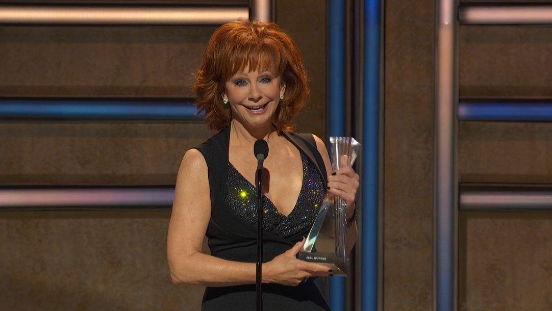 Reba, Reba McEntire, Award, CMT