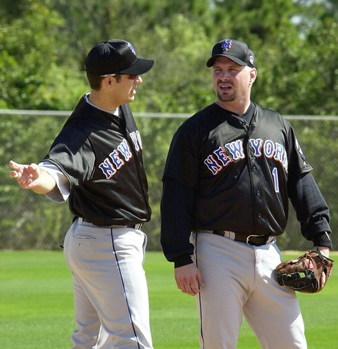 Robin Ventura and Garth Brooks