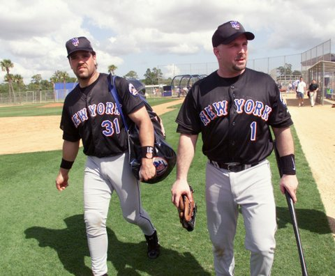 Mike Piazza and Garth Brooks