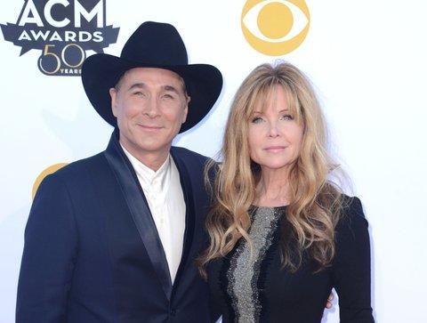 Clint Black, wife Lisa Hartman Black