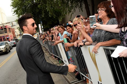 NASHVILLE, TN - SEPTEMBER 01:  Jake Owen greets fans at the 9th Annual ACM Honors at the Ryman Auditorium on September 1, 2015 in Nashville, Tennessee.  (Photo by Rick Diamond/Getty Images for ACM)