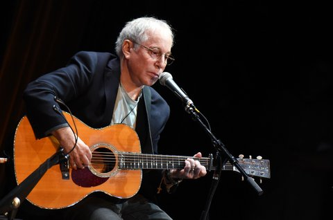 NEW YORK, NY - OCTOBER 06:  Paul Simon performs onstage at The Country Music Hall Of Fame & Museum All For The Hall New York Benefit Concert at PlayStation Theater on October 6, 2015 in New York City.  (Photo by Michael Loccisano/Getty Images for Country Music Hall Of Fame)