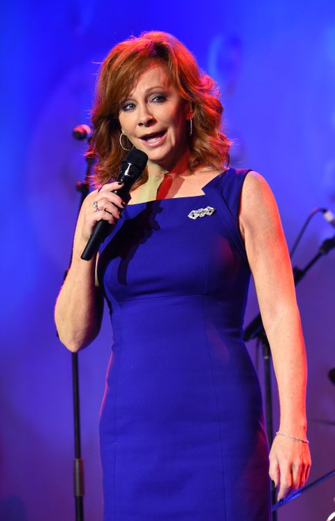 NASHVILLE, TN - NOVEMBER 02:  Singer Reba McEntire performs onstage during the 53rd annual ASCAP Country Music awards at the Omni Hotel on November 2, 2015 in Nashville, Tennessee.  (Photo by Michael Loccisano/Getty Images)