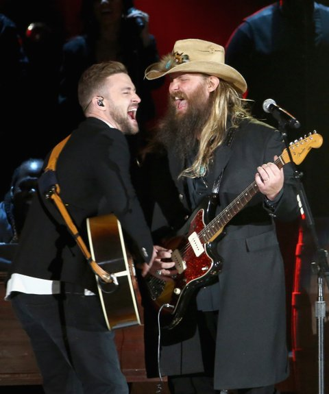 NASHVILLE, TN - NOVEMBER 04:  Musician Justin Timberlake (L) performs onstage with Singer-songwriter Chris Stapleton (R) at the 49th annual CMA Awards at the Bridgestone Arena on November 4, 2015 in Nashville, Tennessee.  (Photo by Terry Wyatt/WireImage)