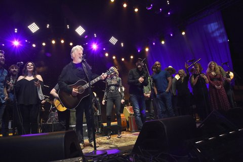 NASHVILLE, TENNESSEE - MARCH 16:  The grand finale at The Life & Songs of Kris Kristofferson produced by Blackbird Presents at Bridgestone Arena on March 16, 2016 in Nashville, Tennessee.  (Photo by Rick Diamond/Getty Images for Essential Broadcast Media)