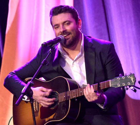NASHVILLE, TN - FEBRUARY 29:  Singer-songwriter Chris Young performs onstage during the T.J. Martell Foundation 8th Annual Nashville Honors Gala at the Omni Nashville Hotel on February 29, 2016 in Nashville, Tennessee.  (Photo by Rick Diamond/Getty Images for T.J. Martell)