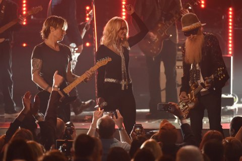 LAS VEGAS, NEVADA - APRIL 03:  (L-R) Recording artists Keith Urban, Miranda Lambert and Billy Gibbons perform onstage during the 51st Academy of Country Music Awards at MGM Grand Garden Arena on April 3, 2016 in Las Vegas, Nevada.  (Photo by Ethan Miller/Getty Images)