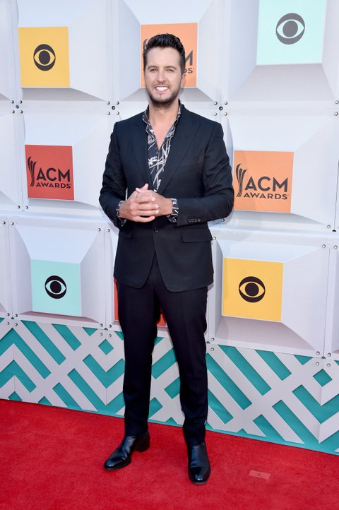 LAS VEGAS, NEVADA - APRIL 03: Singer Luke Bryan attends the 51st Academy of Country Music Awards at MGM Grand Garden Arena on April 3, 2016 in Las Vegas, Nevada. (Photo by John Shearer/WireImage)