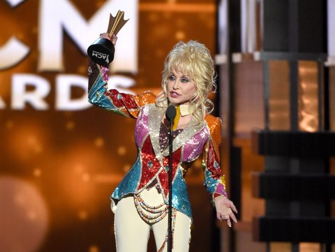 LAS VEGAS, NEVADA - APRIL 03: Honoree Dolly Parton accepts the Tex Ritter Award onstage during the 51st Academy of Country Music Awards at MGM Grand Garden Arena on April 3, 2016 in Las Vegas, Nevada. (Photo by Ethan Miller/Getty Images)