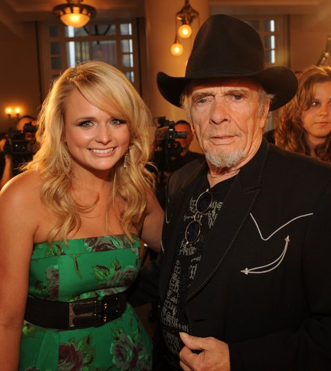 NASHVILLE, TN - SEPTEMBER 22: ***EXCLUSIVE*** Singer-songwriters Miranda Lambert and Poet's Award recipient Merle Haggard at Schermerhorn Symphony Center on September 22, 2009 in Nashville, Tennessee. (Photo by Rick Diamond/Getty Images for ACM)