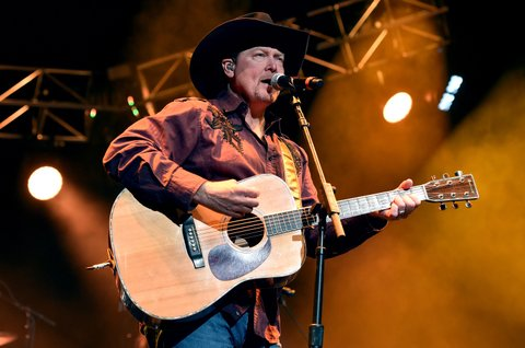 NASHVILLE, TENNESSEE - APRIL 12:  Tracy Lawrence performs onstage during All For The Hall at the Bridgestone Arena on April 12, 2016 in Nashville, Tennessee.  (Photo by John Shearer/Getty Images for The Country Music Hall Of Fame & Museum)