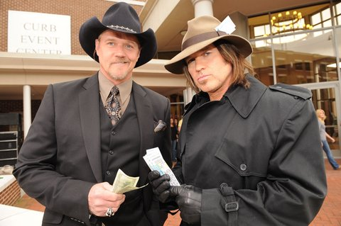 Singer/Songwriter Trace Adkins reheares with Co-Host Billy Ray Cyrus outside The Curb Event Center on the Belmont University campus in Nashville Tennessee. The 2008 CMT Video Music Awards being held live Monday April 14, 2008 on CMT. (Photo by Rick Diamond/WireImage)