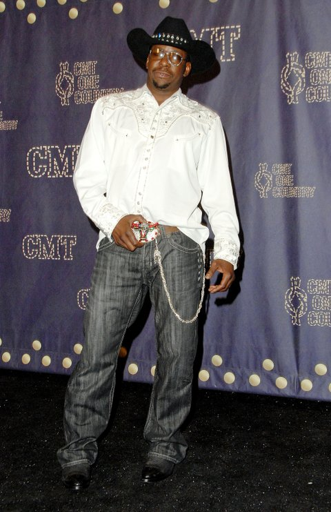Singer Bobby Brown poses in the press room during the 2008 CMT Music Awards at the Curb Events Center at Belmont University on April 14, 2008 in Nashville, Tennessee. (Photo by Jon Kopaloff/FilmMagic)