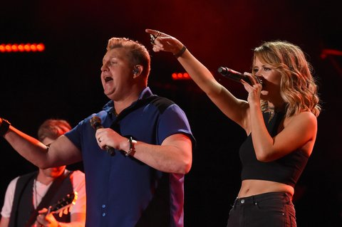 NASHVILLE, TN - JUNE 09:  Gary LeVox (L) from musical group Rascal Flatts and musician Maren Morris perform onstage during 2016 CMA Festival - Day 1 at Nissan Stadium on June 9, 2016 in Nashville, Tennessee.  (Photo by Rick Diamond/Getty Images)