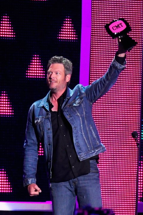 NASHVILLE, TN - JUNE 08: Blake Shelton onstage during the 2016 CMT Music awards at the Bridgestone Arena on June 8, 2016 in Nashville, Tennessee. (Photo by FilmMagic/FilmMagic)