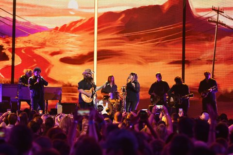 NASHVILLE, TN - JUNE 08: Singer-songwriter Chris Stapleton performs onstage during the 2016 CMT Music awards at the Bridgestone Arena on June 8, 2016 in Nashville, Tennessee. (Photo by Mike Coppola/Getty Images for CMT)