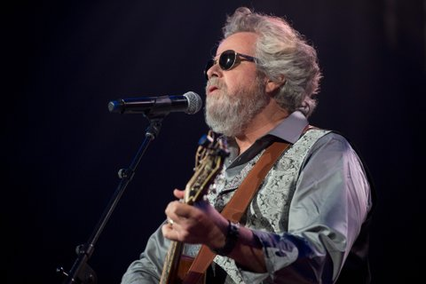 NASHVILLE, TN - AUGUST 16:  Robert Earl Keen performs at Ryman Auditorium on August 16, 2016 in Nashville, Tennessee.  (Photo by Erika Goldring/Getty Images)