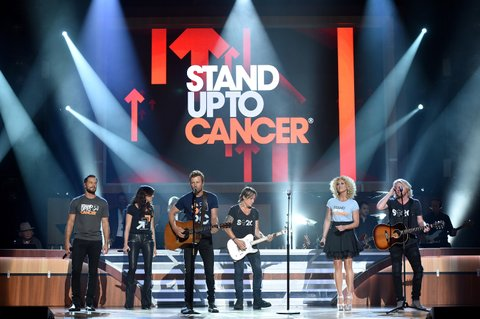 NASHVILLE, TN - AUGUST 30:  Singer-songwriters Jimi Westbrook, Karen Fairchild, Dierks Bentley, Keith Urban, Kimberly Schlapman, and Phillip Sweet perform onstage during the 10th Annual ACM Honors at the Ryman Auditorium on August 30, 2016 in Nashville, Tennessee.  (Photo by John Shearer/Getty Images for ACM)