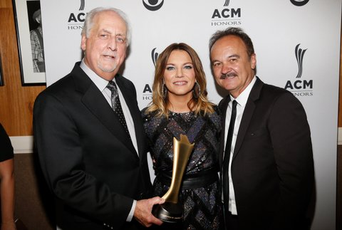 NASHVILLE, TN - AUGUST 30:  Singer-songwriter Martina McBride (center) poses with honorees Don Reid (L) and Jimmy Fortune (R) during the 10th Annual ACM Honors at the Ryman Auditorium on August 30, 2016 in Nashville, Tennessee.  (Photo by Terry Wyatt/Getty Images for ACM)