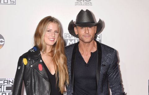 LOS ANGELES, CA - NOVEMBER 20: Maggie Elizabeth McGraw (L) and singer/musician Tim McGraw arrive at the 2016 American Music Awards at Microsoft Theater on November 20, 2016 in Los Angeles, California. (Photo by Jeffrey Mayer/WireImage)