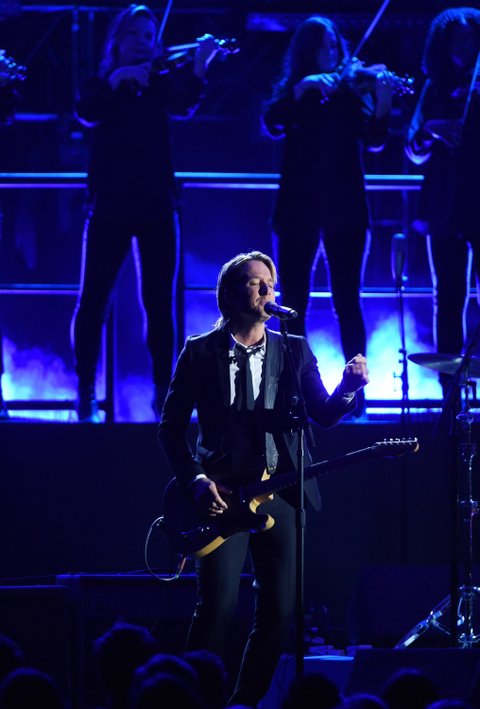 NASHVILLE, TN - NOVEMBER 02:  Keith Urban performs onstage at the 50th annual CMA Awards at the Bridgestone Arena on November 2, 2016 in Nashville, Tennessee.  (Photo by Erika Goldring/FilmMagic)