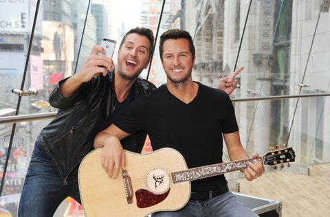 NEW YORK, NY - MARCH 01:  Luke Bryan attends the unveiling of his Madame Tussauds Nashville wax figure in Times Square on March 1, 2017 in New York City.  (Photo by Craig Barritt/Getty Images for Madame Tussauds Nashville)