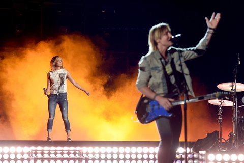 LAS VEGAS, NV - APRIL 01:  Singers Carrie Underwood (L) and Keith Urban perform onstage during for the 52nd Academy Of Country Music Awards at T-Mobile Arena on April 1, 2017 in Las Vegas, Nevada.  (Photo by Kevin Winter/ACMA2017/Getty Images for ACM)